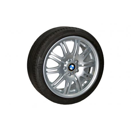 """Conjunto 4 Jantes 18"""" e Pneus BMW Série 3"""